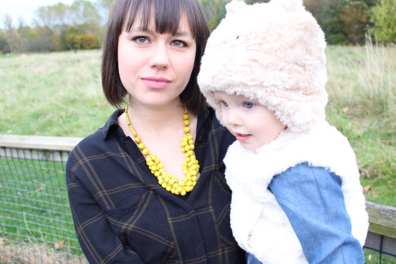 Mama Jewels Tani Nursing Necklace Review