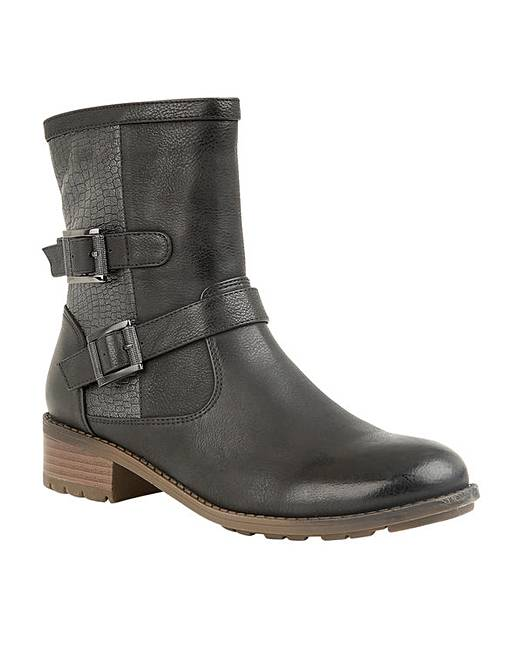 Best boots for autumn/winter for women who walk lots